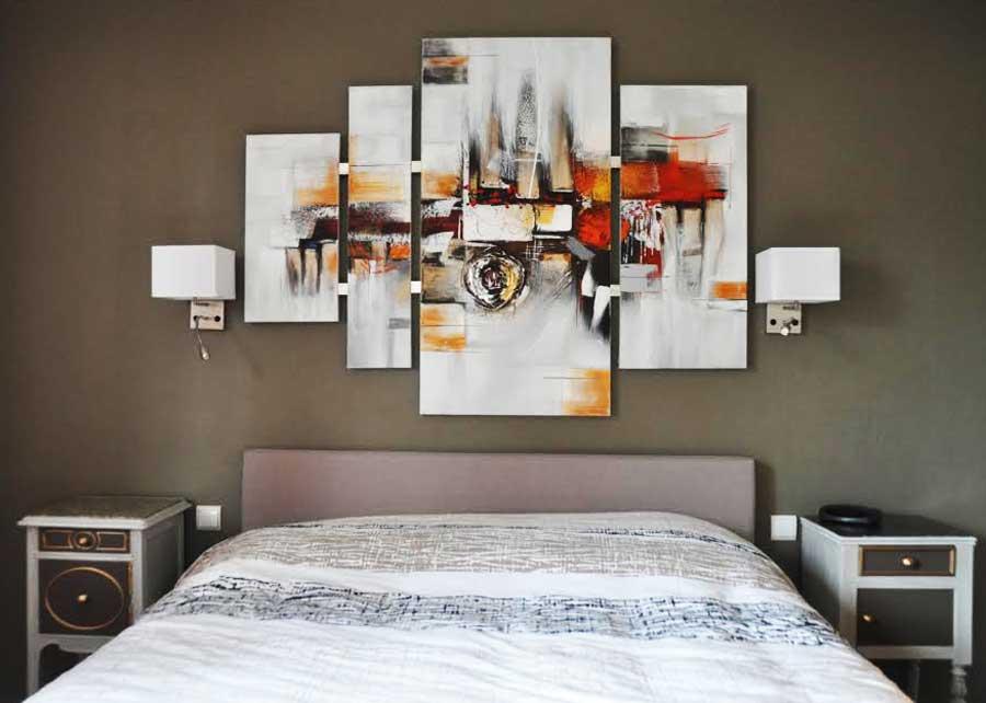 chevets en noyer et marbre relook s au gr du pinceau. Black Bedroom Furniture Sets. Home Design Ideas