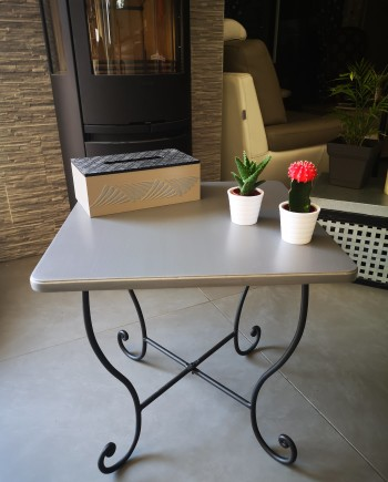 augredupinceau_table carrée_fer forgé 1