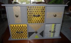 augredupinceau_boite-a-the-jaune-1