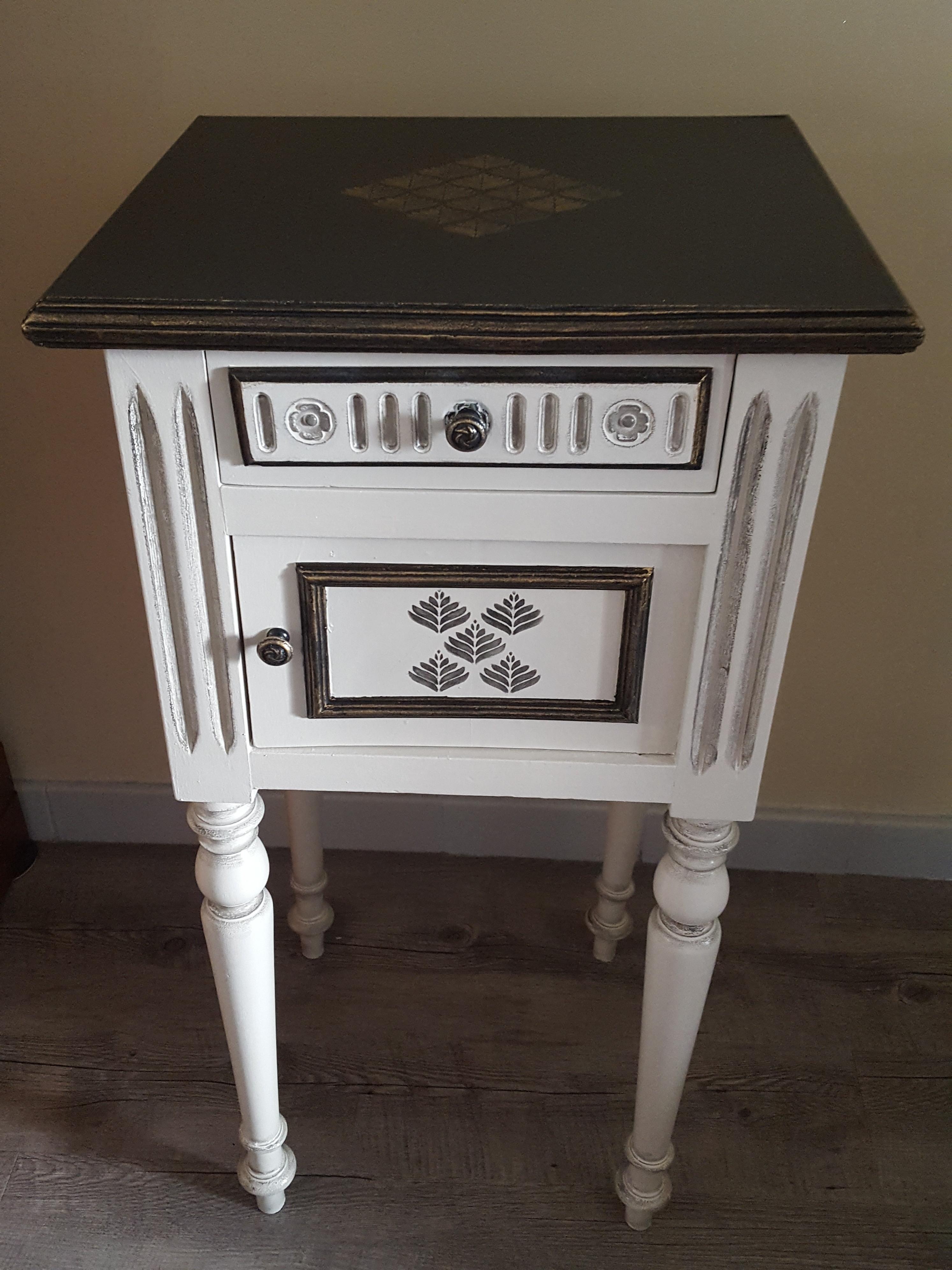 Relooker Une Table De Toilette En Marbre chevet ancien style henri ii relooké   au gré du pinceau
