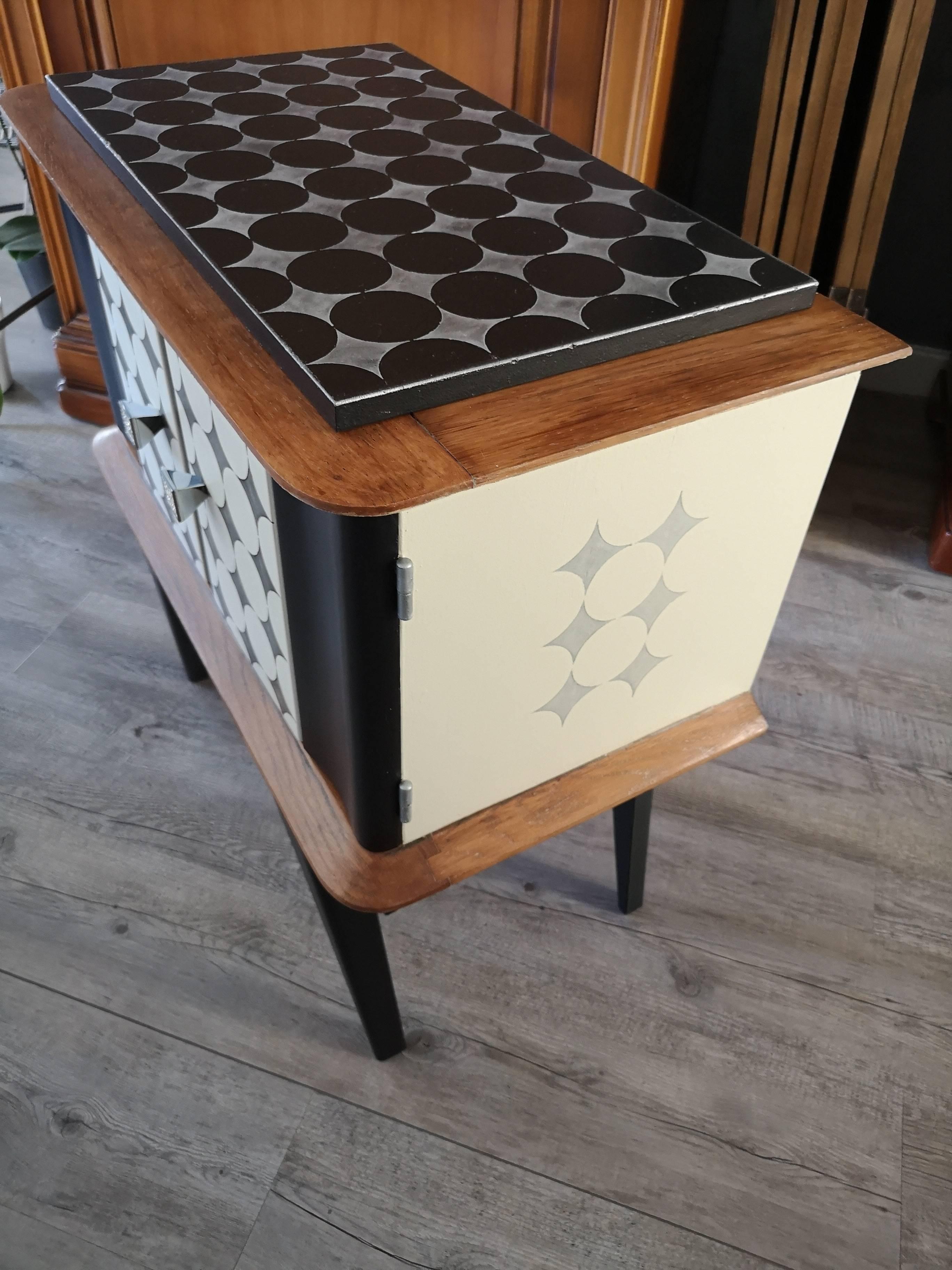 Relooker Un Meuble Avec Plateau En Marbre meuble d'appoint vintage relooké   au gré du pinceau